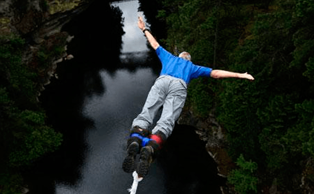 How to do bungee jumping safety
